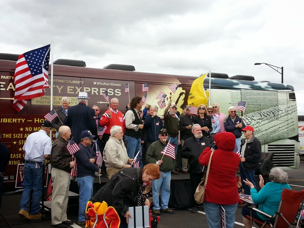 Veterans Honored at Kansas City stop on Tea Party Express