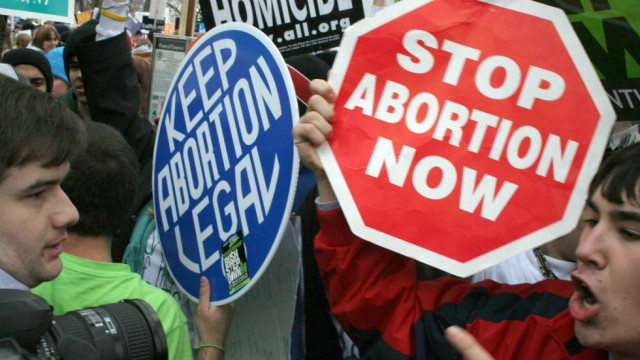 'Heartbeat Bill' Passes in Ohio Banning Abortions After 6 Weeks