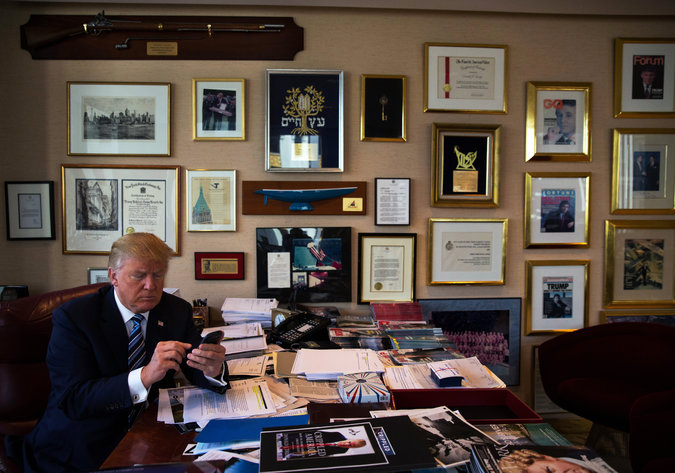 Donald Trump to Live Tweet Democratic Debate